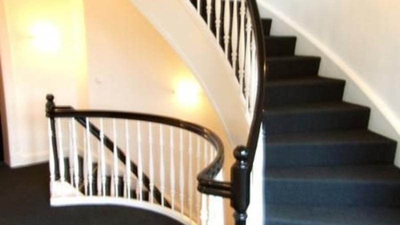 Historische Rundwangentreppe in Harvestehude