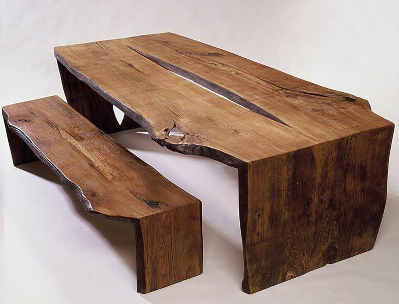 Möbel aus Antikholz aus der Tischlerei in Uetersen